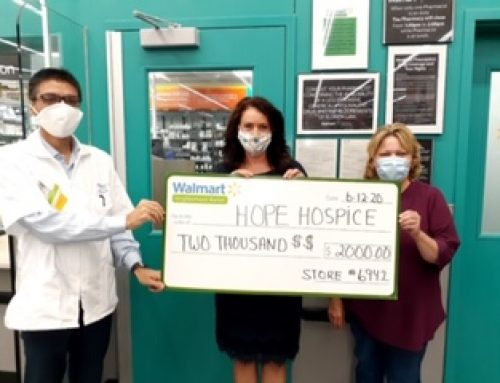 Hope Hospice Receives Community Grant from Cape Coral Walmart